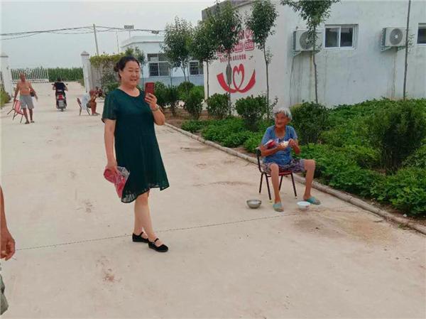 唐河县昝岗乡:情系五保老人 助力脱贫攻坚