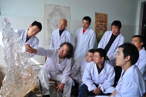 """传承中国玉雕文化之美 转型创新激活产业发展——河南镇平:""""中国玉雕之乡""""的产业新进击"""