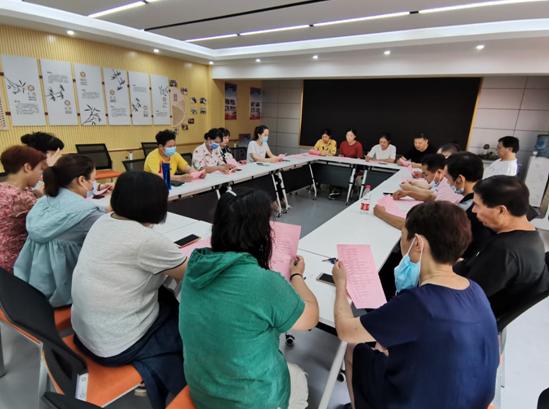 郑州市国基路街道新田社区开展创建全国文明城市入户宣传动员会