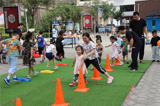 郑州花园路街道农业院社区组织开展儿童运动会