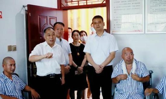 中央媒体采访团深入驻马店市驿城区采访重度残疾人托养等工作