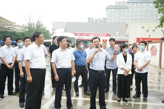 郑州市非公企业党建工作推进会观摩团走进大桥石化惠济区红色家园
