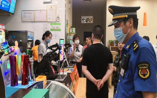 """郑州市大石桥街道再掀""""六小""""门店整治新高潮 助力创卫复审"""