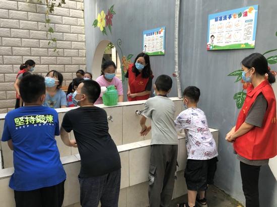 郑州市管城区南学街小学开展2020年秋季开学疫情防控演练活动