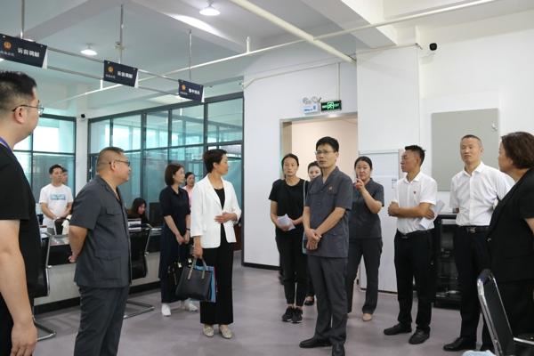 南阳宛城区法院召开优化营商环境企业家座谈会
