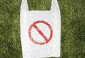 """""""限塑令""""升级能否管住小小塑料袋?"""