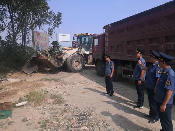 邓州市交通运输局执法所扎实开展路域环境集中整治