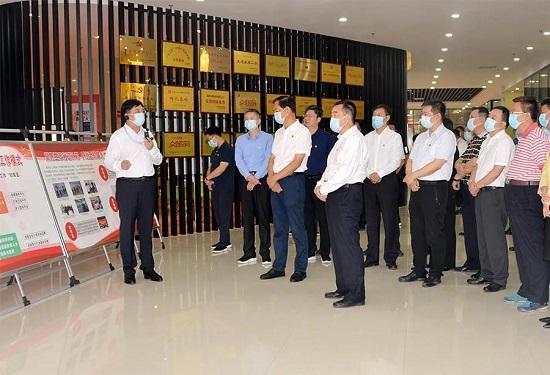 郑州市统战重点工作现场观摩会召开