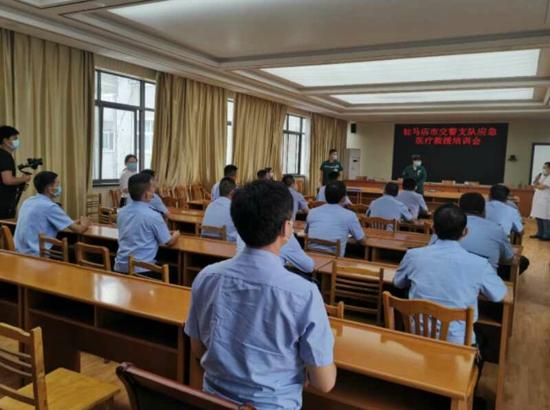 """驻马店市交警支队组织开展""""四位一体""""应急救援培训会"""