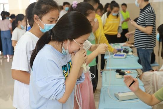 强身健体促成长 郑州市新柳路小学顺利召开学生体质健康达标运动会