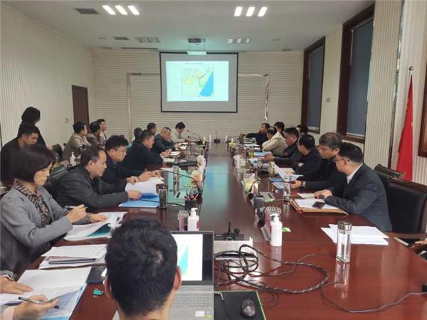 南阳卧龙区委副书记、区长杜勇专题部署城建重点工作