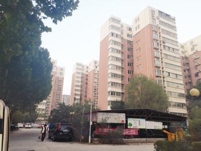 郑州天地尚城小区因与城市规划道路冲突,导致业主无法办理不动产证等相关手续