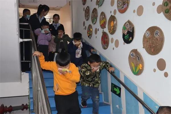 消防安全从娃娃抓起——南阳消防支队大力开展幼儿园消防宣传教育