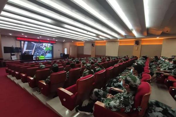 南阳消防支队对全市万名高校新生开展消防培训