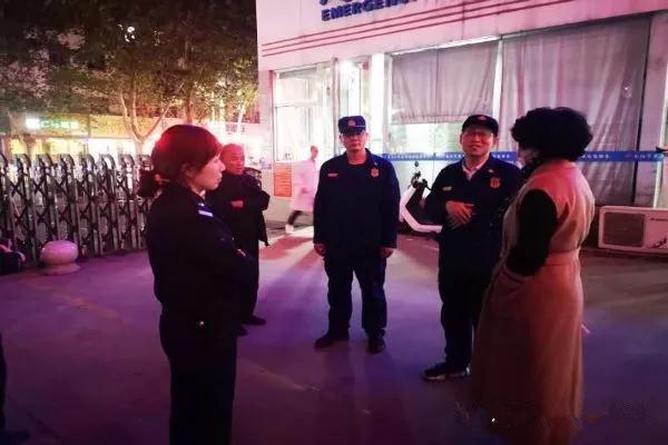 南阳消防支队组织开展集中夜查行动