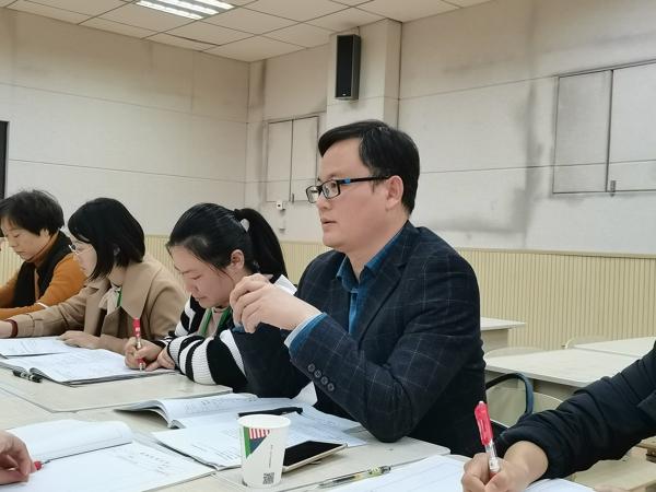 郑州高新区外国语小学:聚焦深度学习 推动单元整合
