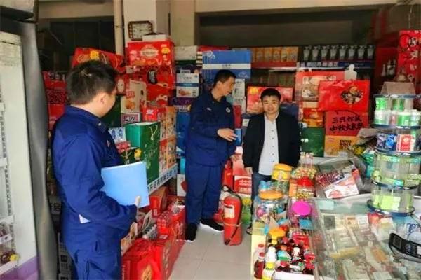 """南阳消防支队持续开展消防宣传""""五进""""活动之进社区篇"""