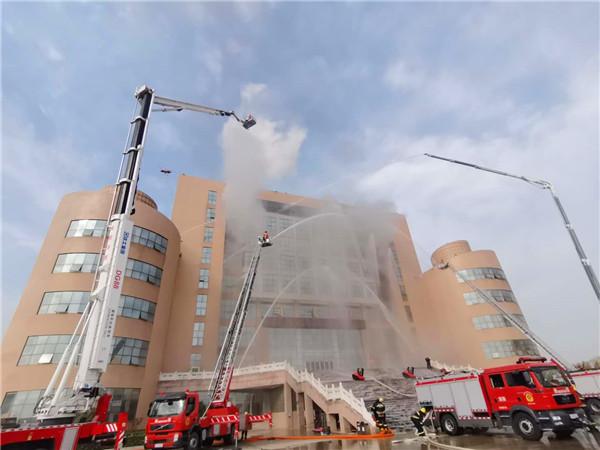 南阳市消防宣传月启动:火场练兵给人民以力量