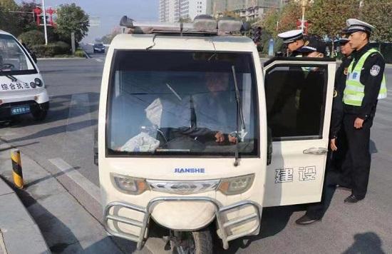正阳县城管局:城区道路交通专项整治成效明显