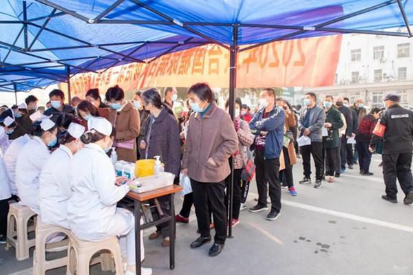 唐河县人民医院内分泌代谢科举行联合国糖尿病日义诊活动