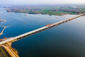 【交通】平顶山市大西环沙河特大桥主体完工