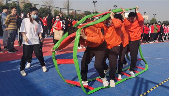增进向心力 凝聚团结情 平安产险许昌中支积极参加秋季趣味运动会