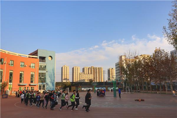 郑州市新柳路小学课后延时服务收到金水区课后服务工作组一致好评