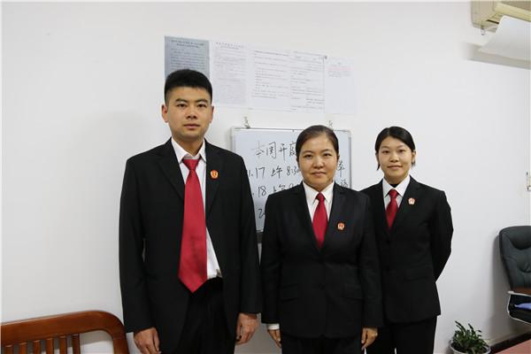 南阳宛城区法院刘琳瑜执行异议之诉团队:让当事人满怀怨气的来 心服口服的走