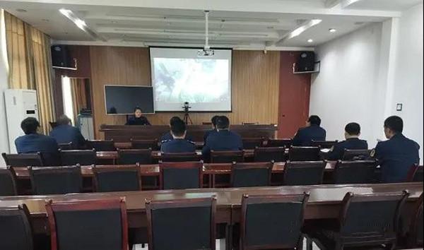 """南阳消防:33处队站开放 尽显""""红门""""风采"""