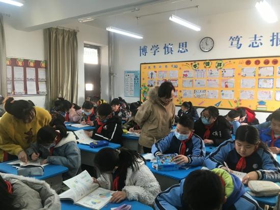郑州市管城区南学街小学数学课堂获教研员点赞