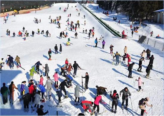 2020许昌冰雪旅游季暨大鸿寨亲子嬉雪节盛装开幕