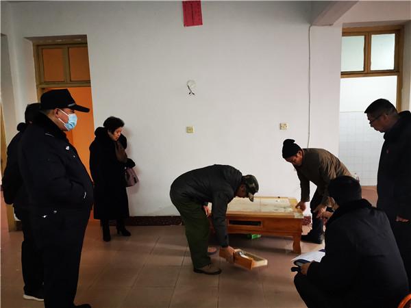 河南唐河:豫鄂两地法院通力协作 异地腾房成功告捷
