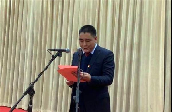 南阳市卧龙区召开企业家迎新春茶话会