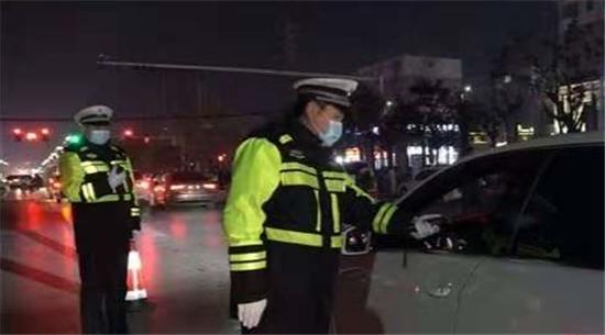 河南太康:重拳出击查酒驾 全警出动保安全