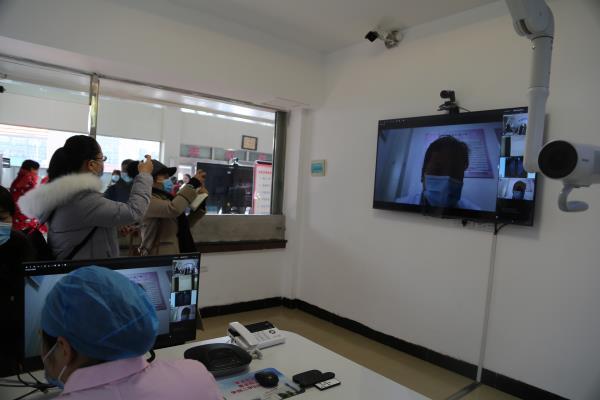 """平顶山郏县:""""互联网+医疗健康""""模式让群众就医看病更加便捷"""