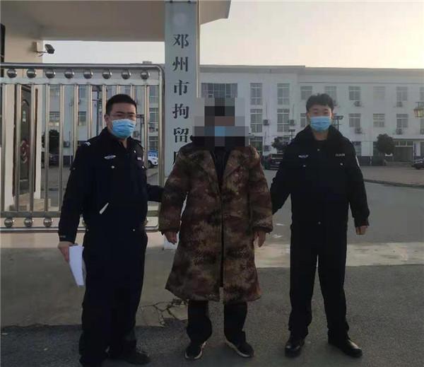 """""""酒迷瞪""""狂打110骚扰电话300多次被邓州市警方拘留"""