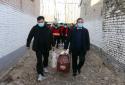 送米面油外加红包,河南太康行政服务中心携手万城商贸慰问贫困户