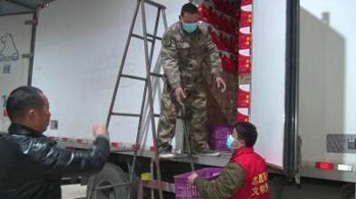 """河南沈丘:""""逆行""""老兵再出发 """"爱心馒头""""送南宫"""