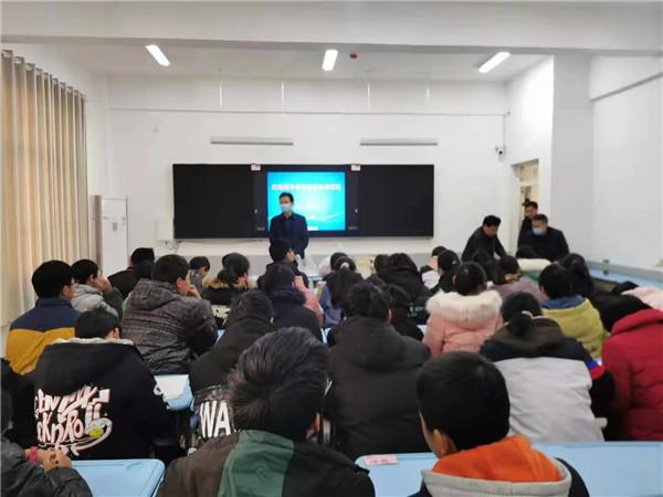 唐河县、镇领导赴唐中看望慰问苍台籍预科班学子