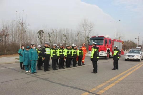 驻马店市公安局交警支队开展多部门联合应急救援演练