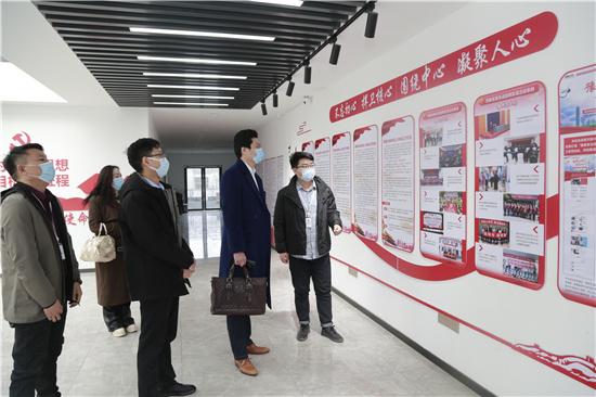 河南省企业经济贸易促进会一行到中华网河南频道走访交流