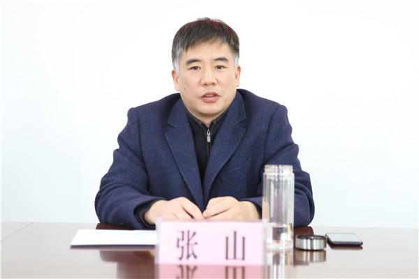 社旗县法院举办离退休老干部迎新春座谈会