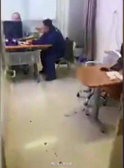 快讯!砍伤陶勇医生的崔振国被判死刑缓期二年
