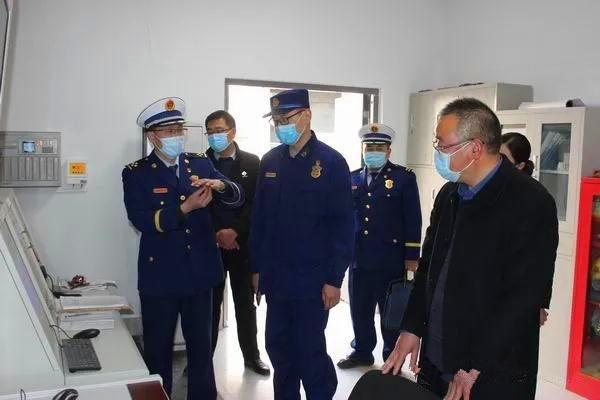 南阳各地党政领导带队开展春节前消防安全检查