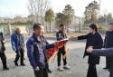 太康县城市管理局疏通排水管网 市民致谢送锦旗