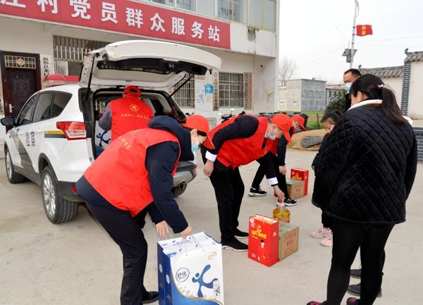 把爱带回家——新蔡县检察院关爱孤儿走访慰问活动