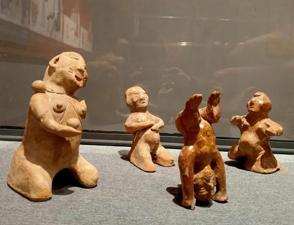 【网络中国节·南阳味】市民欢聚博物馆 文化盛宴过大年