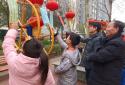 """郑州市金水区国基路街道开展""""浓浓邻里情 欢乐闹元宵""""趣味游园活动"""