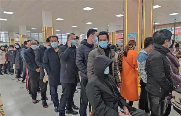 商丘市第一人民医院:正月十五送汤圆 情暖医患一家亲