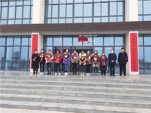 """社旗农商银行举办各类活动庆祝""""三八""""妇女节"""